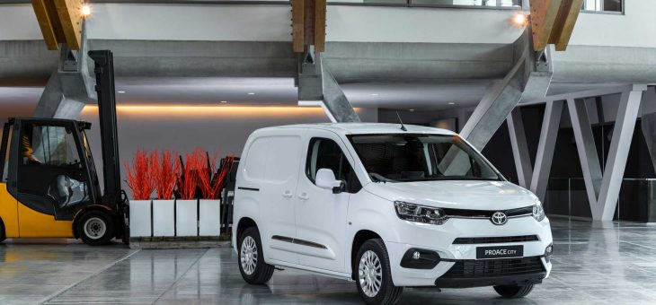 Toyota storsatsar på elhybrider inom transportsektorn